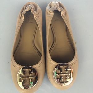 Tory burch flats tan with gold hardware size 7